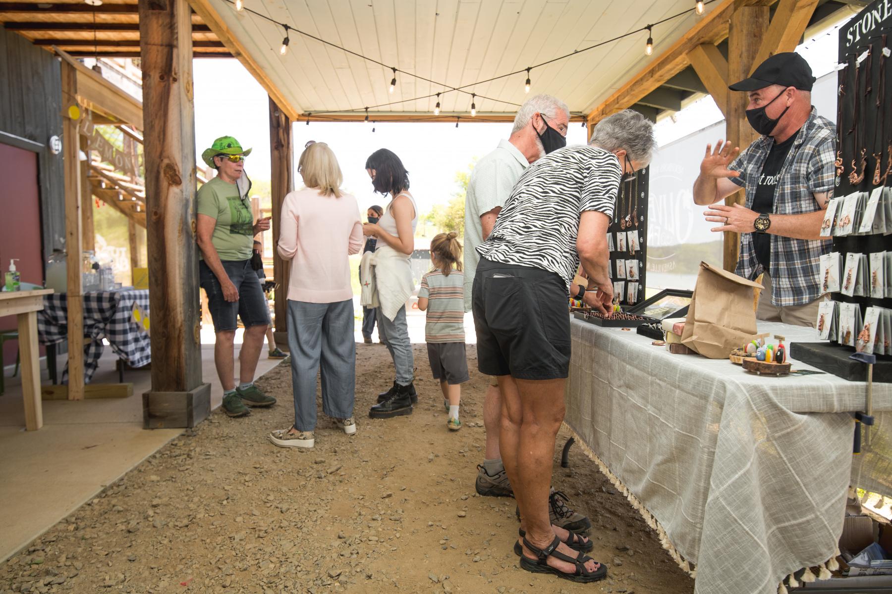 Stephan-Pruitt-Photography-Olivette-Farmers-Market-7
